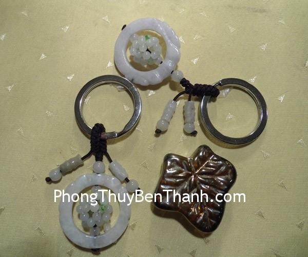moc khoa vong nguyet bao S101 Móc khóa vòng nguyệt bảo đá ngọc phong thủy Phỉ Thúy S101
